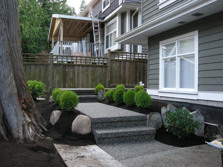 Concrete Walkway, Surrey, BC, Exposed Aggregate Sidewalk
